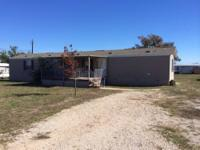Move in ready single wide home. This three bedroom two