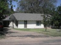 GREAT INVESTMENT IN CLARENDON, TEXAS - LIVE IN ONE