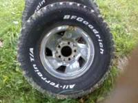 31 10.5 r15 LT awesome tires. 500 for all four obo