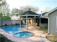 2199 Sf Pool home in Klein ISD. 1 Level! 3/4 Bds, 2