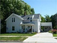 3-4 Bedroom House located in Maquoketa. Large Yard with