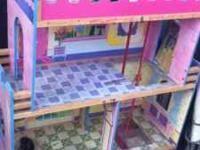 Need to sale good doll house is 4foot tall please call