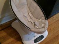 Original 4moms mamaroo in great condition, only used