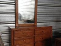 QUEEN SIZE SOLID WOOD BEDRROM SET INCLUDES   DRESSER