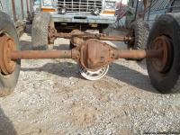 1 Jeep J20 Dana 44 Front axle 3/4 ton truck. Front axle