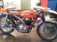 Very nice classic Honda cafe racer ready to ride. Kick