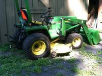 John Deere 755 4X4 Hydrostatic Tractor with Loader and