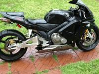 i am selling my 04 honda cbr 600 rr very clean and kept