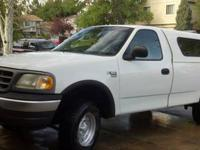 2000 Ford F-150 4X4, powerful V8 engine, manual 5-Speed