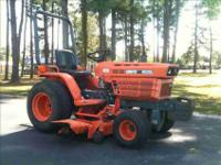 92' Model Kubota B6200E Diesel Tractor -only 826 hours