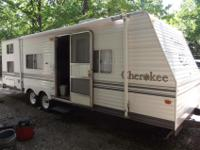 2003 cherokee By forest River. 5500 firmNew 10 ply