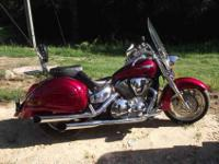 2003 Honda VTX 1300 retro. Memphis Shades windshield,