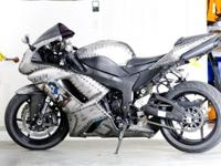 Custom painted 2007 Kawasaki Ninja ZX-6RGarage kept and