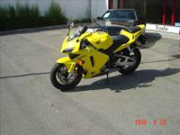 CHECK THIS OUT.....2003 HONDA CBR600RR SUPER CLEAN AND