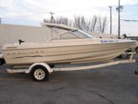 this is a 1 owner . nice 2001 bayliner .very very nice