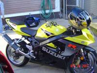 I am selling my 2005 gsxr 750 yellow and black. It has