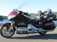 2006 Honda Gold wing 1800!I purhcased this Goldwing 4