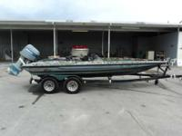 1999 Stratos 201 1999 Stratos 201 Pro is a bass boat.