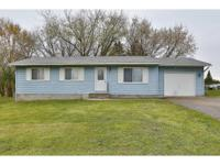 Bring your growing family.! Move-in ready 5br, 2ba home