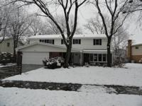 Terrific, Well maintained & updated Colonial home!