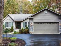 Spacious 5 br/ 3 ba golf course home in lake of the