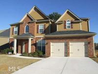 Gorgeous brick front,5BR 3BA, brick. BR and FULL BA on