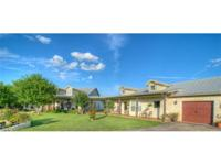 Exquisite home that is minutes from Tolls/Hwy's,