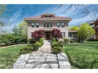 Historic 2.5 story in Compton Heights!Designed by