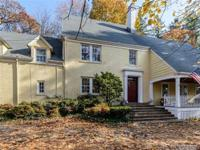 Gracious And Spacious Updated 1930'S Center Hall