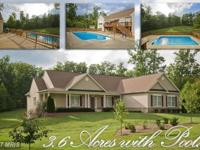 Private Retreat on 3+ Acres! Gourmet Kitchen w/Brkfst