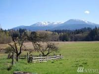 Gorgeous Mountain View Property on 22.79 Acres: This