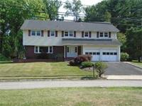Spacious North Facing 5 bedroom Colonial on half an