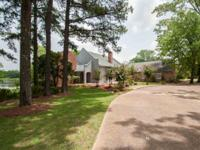 Location, Location, Location! This Louisiana Arcadian