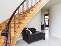 Luxury home in the prestigious Apple Hill Farms