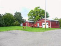 6 Bedroom, 2 1/2 bath lodge bldg., located on 7 acres
