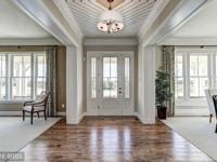 GORGEOUS MITCHELL BEST MOSBY MODEL HOME, AMAZING