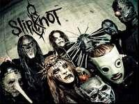 5 Tickets To Slipknot In The Front Row Of Section 301