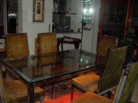 various items, see attached pictures1. white mica table
