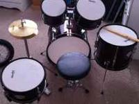Like new youth drum set. Includes all items shown in