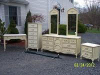 BEAUTIFUL SET : DRESSER WITH 2 MIRRORS, LINGERE CHEST ,