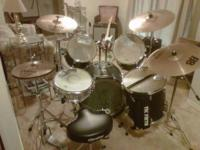 Description 5 piece set Basix Concept Series drums with