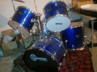 I'm selling my Gammon 5 piece drum kit I bought it 3