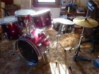 Description 5 piece drum set, with new bass pedal, new