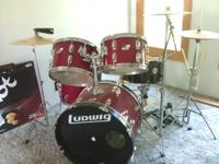 5 piece ludwig drum kit-- great practice set or
