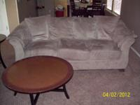 (WILL ONLY SELL IN SET)5 Piece Set (Love Seat, Couch, 2