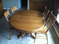 5 Piece Solid Oak Dining Room Table with 4 chairs and 1