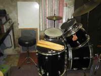 5 piece Tama Swing Star Drum Set Ziljian high hat and