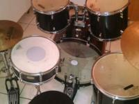 -5 pieces include snare, 2 hanging toms, floor tom, and