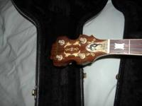 orpheum around 1970 model with new hard shell case,