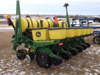 6 row, 30in liquid fertilizer, Vacuum metering,